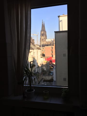 comfortable flat (14sqm) 10 min to Central Station