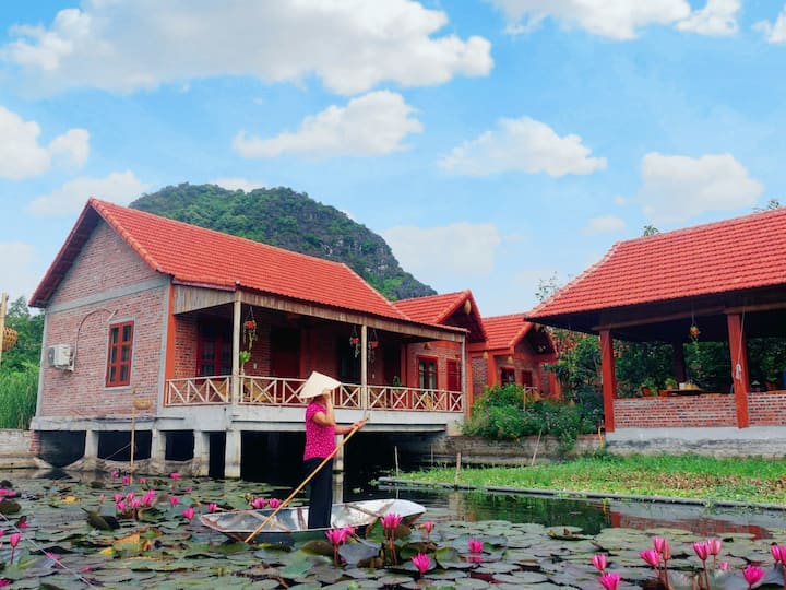 (p2) Lily Lake homestay & free bike