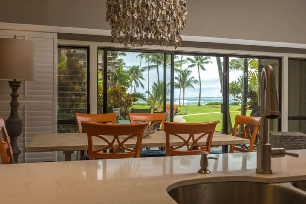 Kitchen/Dining with Ocean View