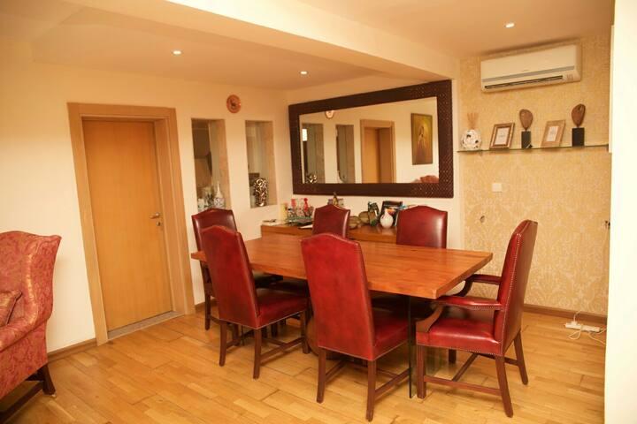 Exquisitely furnishd Penthouse Flat - Osborne Phase 2 - Apartment