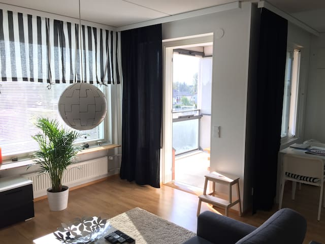 Spacious apartment in calm neighborhood Leinelä - Vantaa - Leilighet