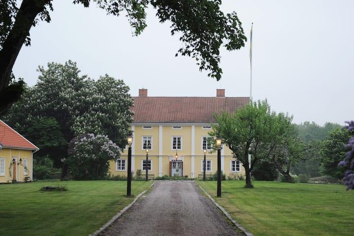 Gässhult Säteri - herrgård i Misterhults skärgård