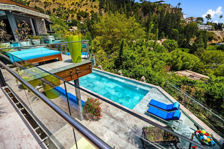 Villa Oasis!Perfect Retreat in the Heart of Weho.