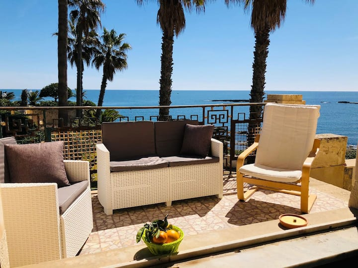 La Conca house, private access to the sea.