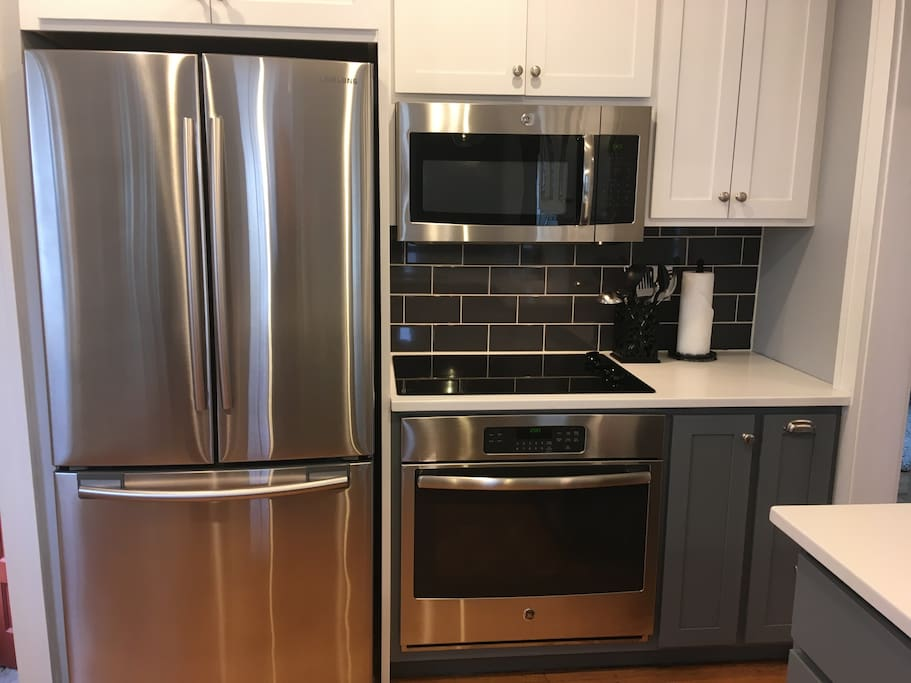 Enjoy our newly remodeled kitchen!