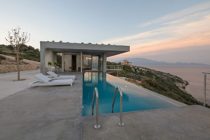 Folia Aetou 1 bedroom private pool Villa