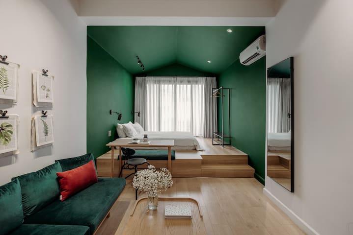 Botanist Lab cozy studio in Tan Dinh by CIRCADIAN