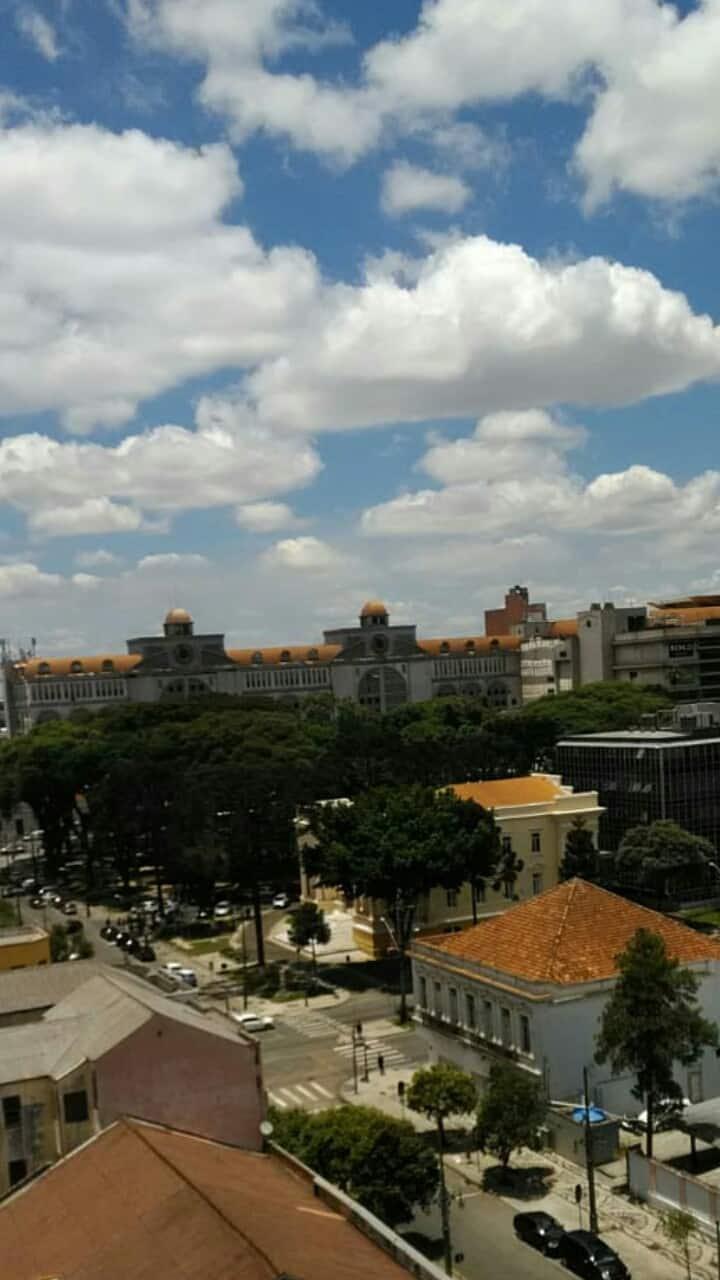 Em Curitiba e perto de tudo!