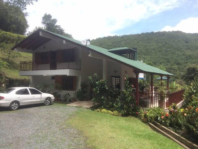 Bon Bini Villa
