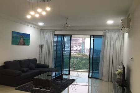 Big apartment good for family stay - Dengkil - Appartamento