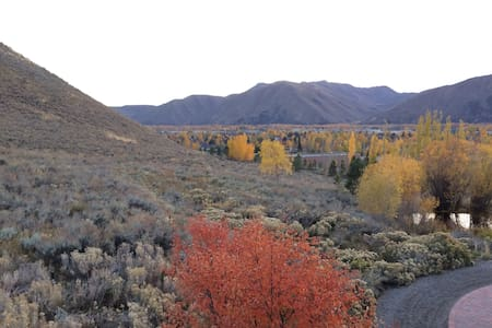 Charming Apt w/Mtn Views in the Sun Valley Area! - Hailey - Guesthouse