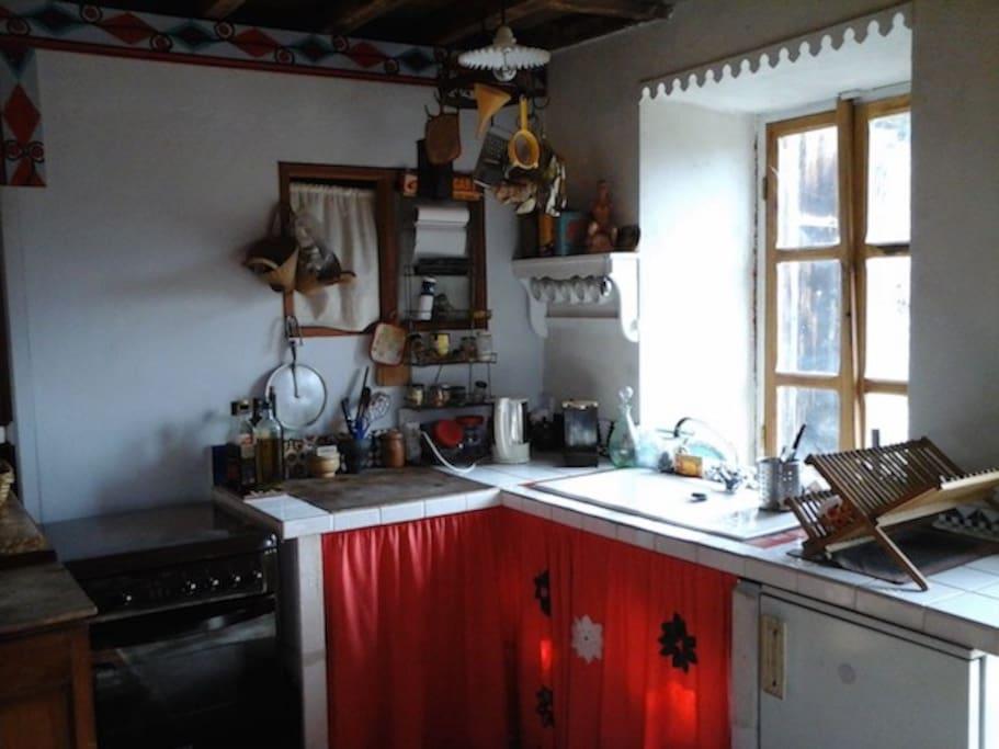 coin cuisine dans la salle de vie