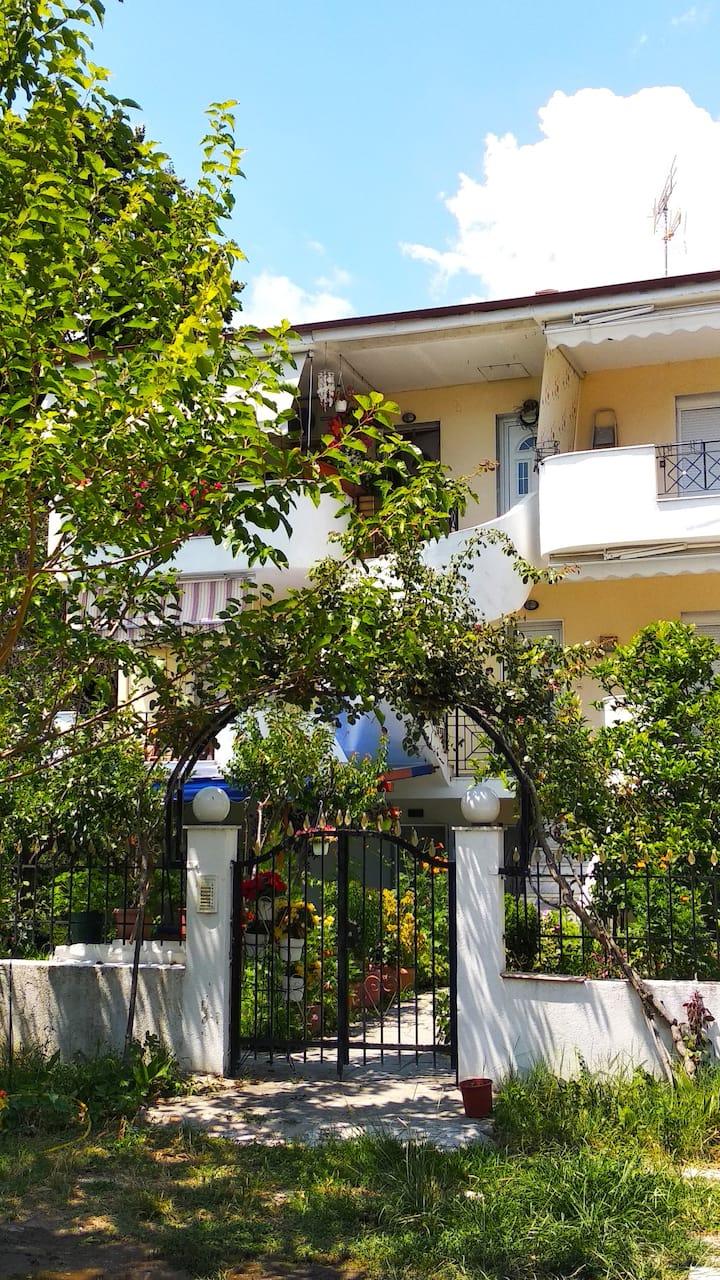 Апартамент под наем Марина 1
