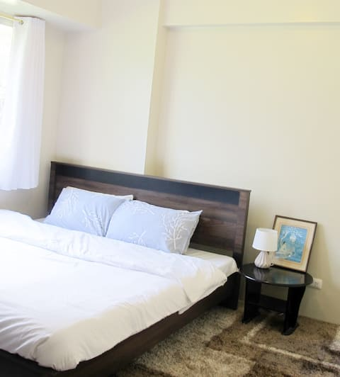 Spacious Family Suite (Living+Bedroom+Kitchen)