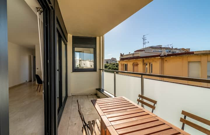 Nice studio close to beach and yacht club by easyBNB