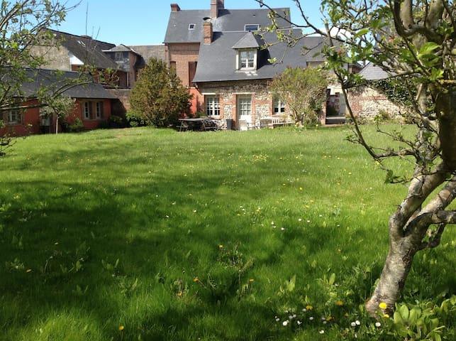 Maison de caractère  Beaumont en Auge 12 pers. - Beaumont-en-Auge - House