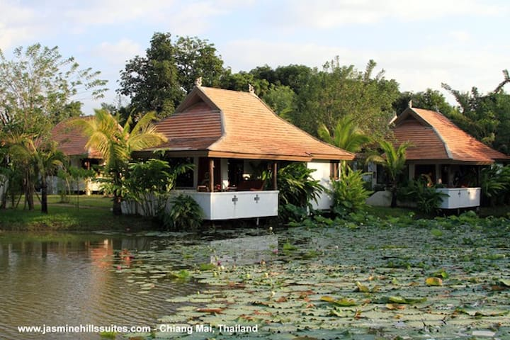 Jasmine Hills Lodge - Tambon San Klang - Boutique-hotelli