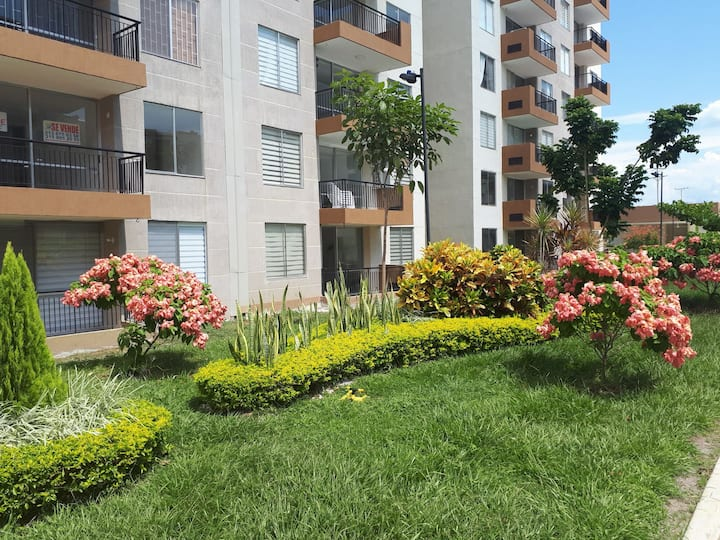Apartamento amoblado en Hacienda Peñalisa 1er piso