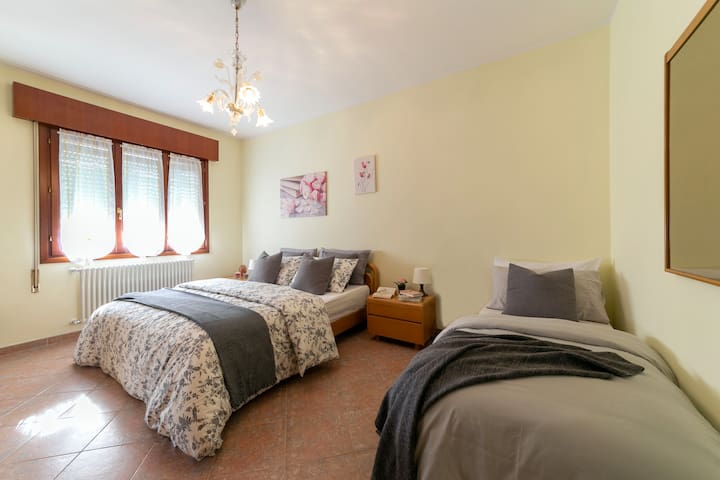 Cosy Flat for Couples Minutes to Venice w/ WiFi