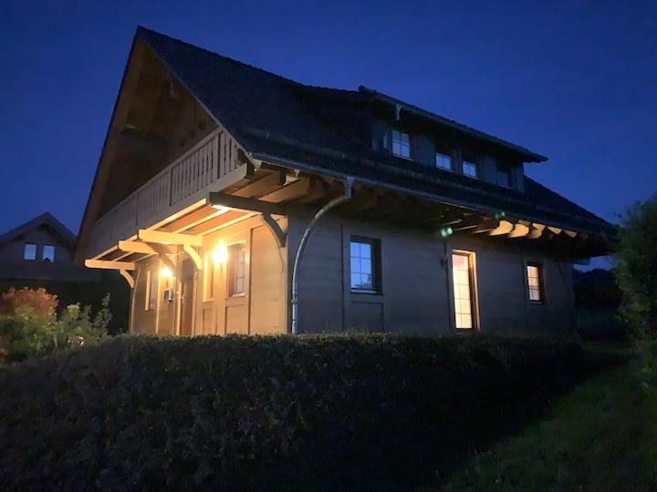 Ferien im Eifel-Chalet/ Holzhaus