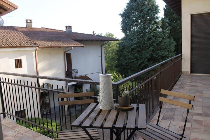 Il cortile dei cipressi - ampio appartamento