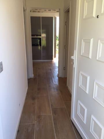 Corridor et entrée séparée
