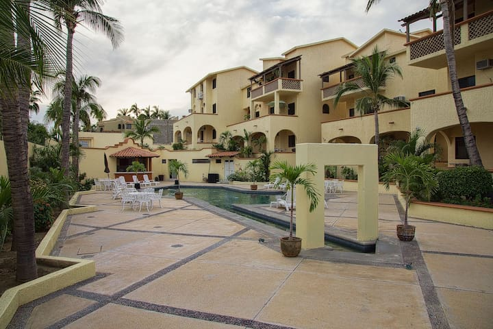 Los Cabos, Just a few steps from the beach!!!! - San José del Cabo - Appartement en résidence