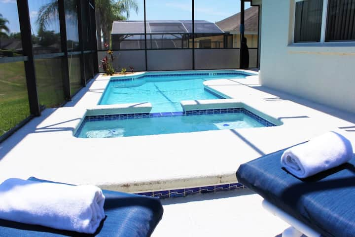 CP327OD - 4 beds pool and spa home with game room