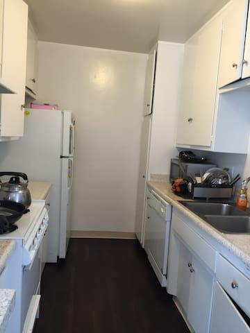Exceptional location, Cozy hideaway, San Gabriel - San Gabriel - Wohnung
