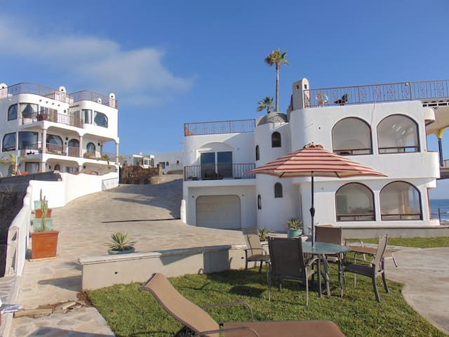 Casa Playa Baja Resort