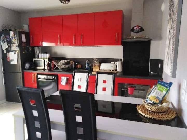 Appartement type T2 de 45 m² avec balcon de 9 m²