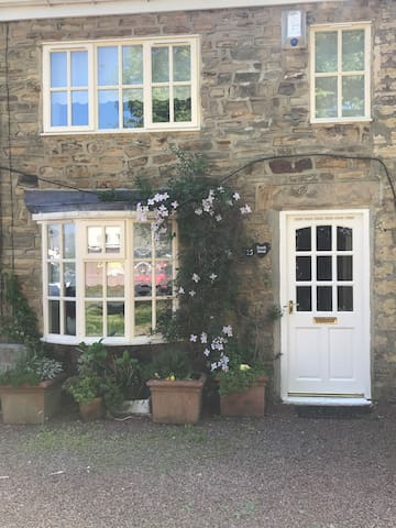 Charming cottage in village location near Durham.