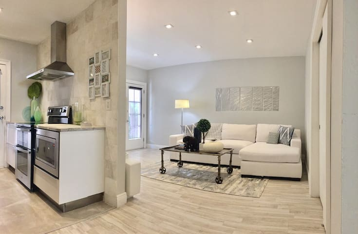 LUXURY 1 BED, PARKING/CLEANING INCL - Miami Beach - Pis
