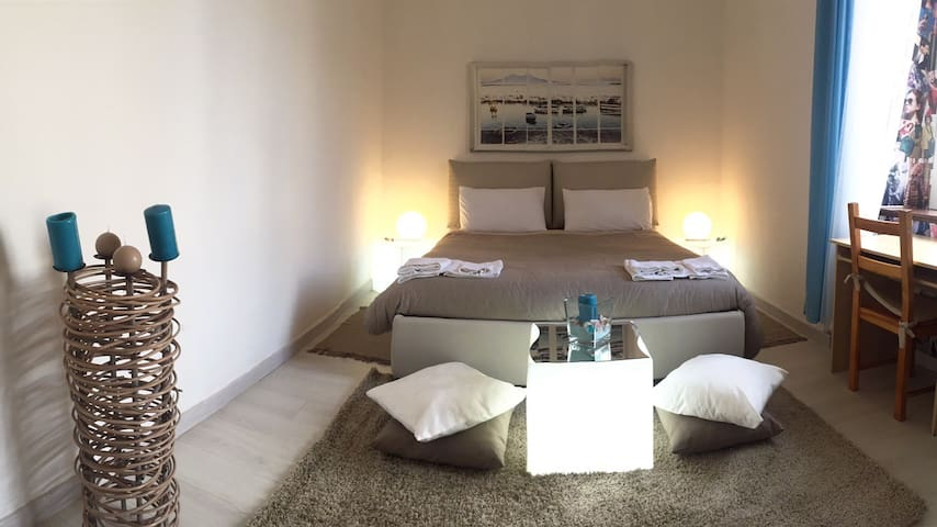 Central, Beautiful and Comfy Room  - Neapel - Wohnung