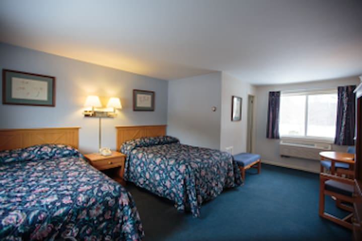 Town & Country Resort - Stowe - Bed & Breakfast