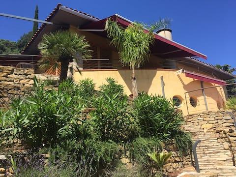 Villa  vue sur mer180° avec piscine