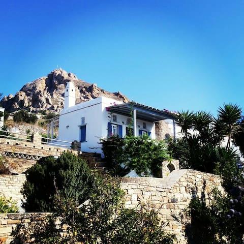 Superior Family Villa Sgalados in Tinos island - Tripotamos - Villa