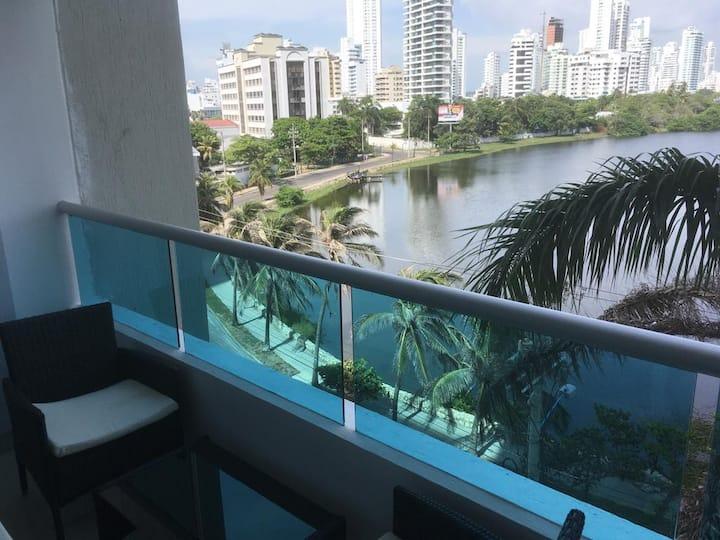 Excelente Apartamento Frente al Mar y la Bahía