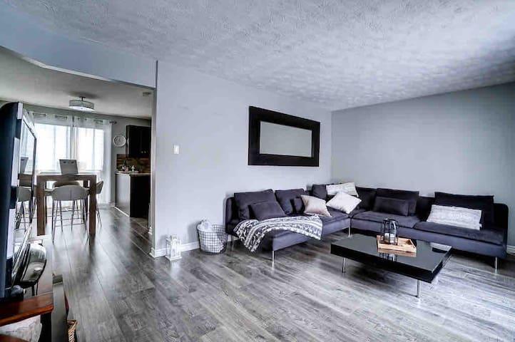 3BDR Cozy apt/house -Minutes to SpaNordik & Casino