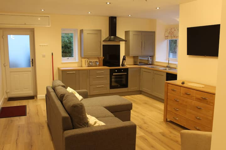 Spacious self-catering cottage in quiet location