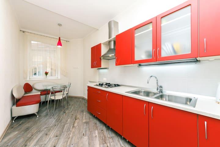 Neat apartment, 1 bedroom in Maydan, Kreschatyk