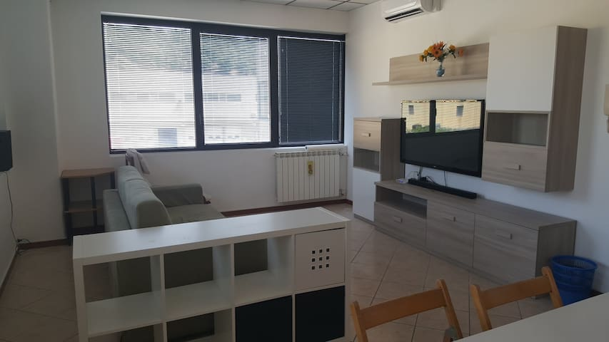 Furnished apartment, 2 km from A4-Desenzano exit