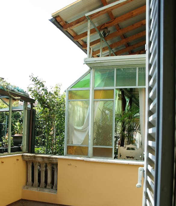 View of the veranda and the terrace from the entrance