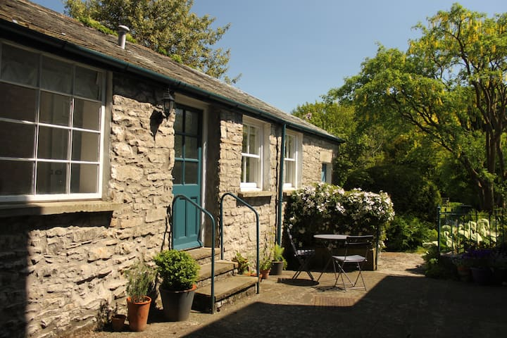 Webster Cottage, Kendal, South Lakes