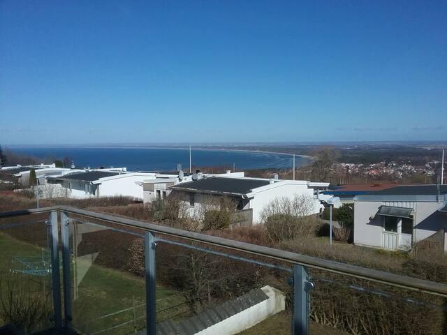 Semesterboende i lägenhet med utsikt över Båstad.