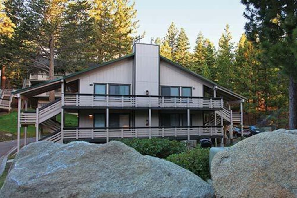 Choose from a variety of cabin sizes and locations all near ski resorts and lake access.