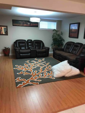 A super quiet area and clean double bed,apartment