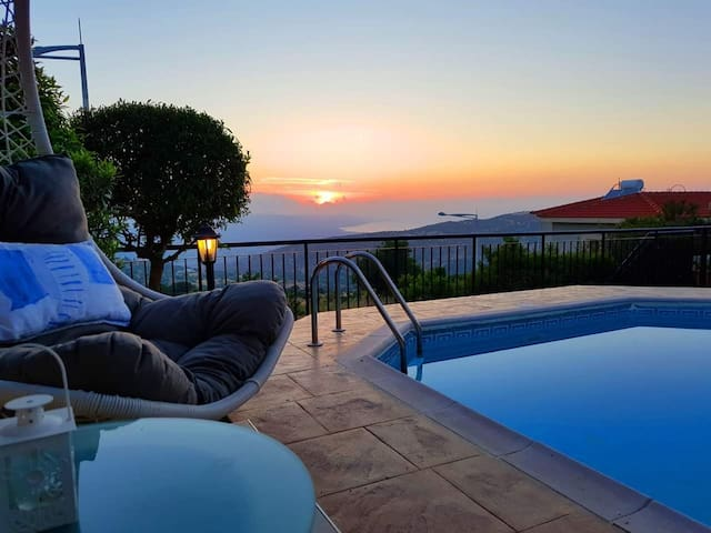 ⭐️ROMANTIC Villa⭐️Private Pool⭐️WOW Views/Sunsets