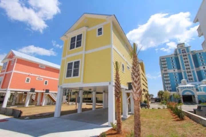 Lovely New 4 Bedroom Home with Ocean View - Myrtle Beach