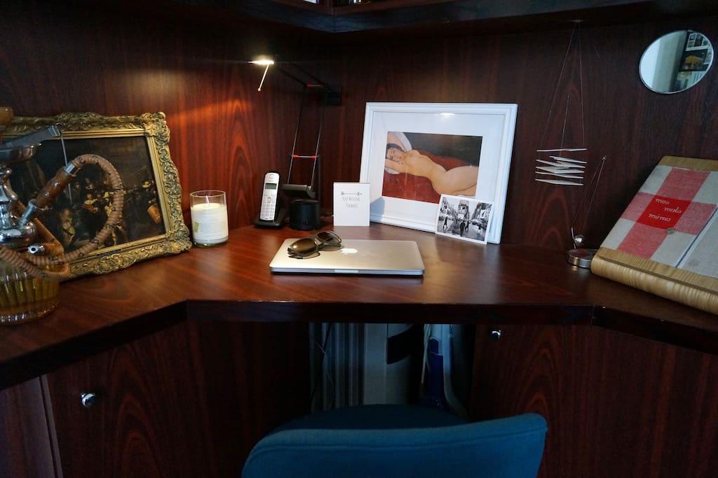 Un espace où vous pourrez travailler au calme - Here you can work without being disturbed